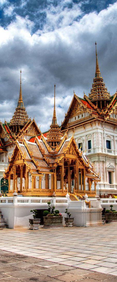 Pentingnya Belajar Bahasa Thai di Era MEA